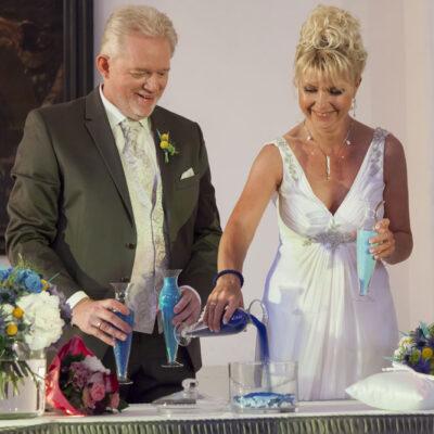 Brautpaar Zeremonie Sand Hochzeit Freie Trauung Eva Neubacher