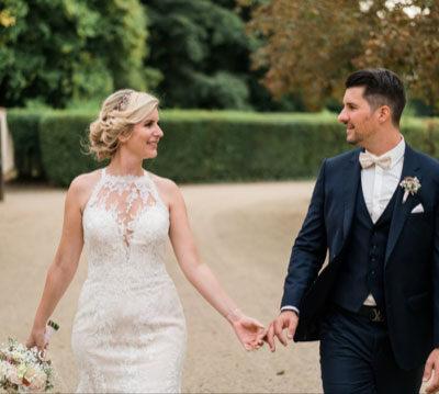 Hand In Hand Brautpaar Zeremonie Freie Trauung Eva Neubacher